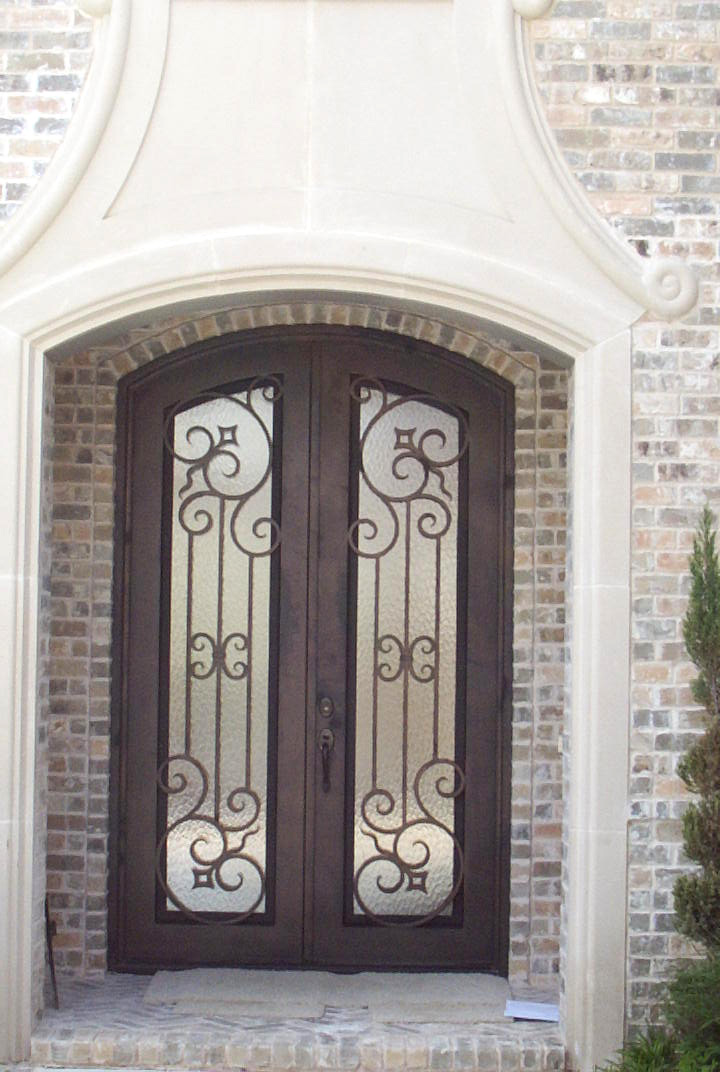 Porte dentre en fer forg porte en fer porte en for Ver disenos de puertas de fierro