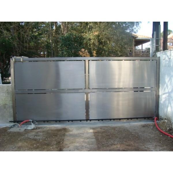 Portail en inox portillon en inox porte de garage en inox portail coulissant inox for Devis portail sur mesure