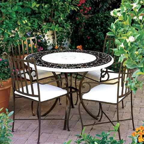 salon de jardin en fer forge en promotion pas cher decoration jardin maroc. Black Bedroom Furniture Sets. Home Design Ideas